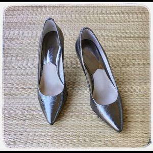 Michael Kors Pewter Snakeskin pattern, Slim Heel.